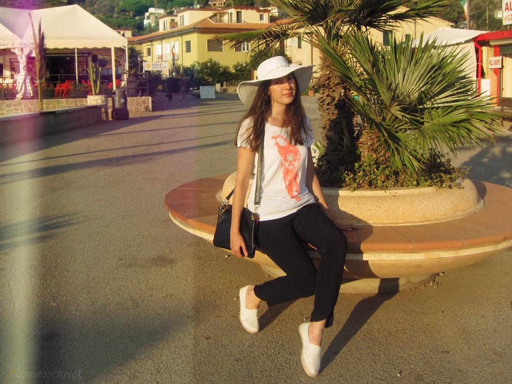beach, outfit, white, heat, parrot, aladin hose, jogging pants, espandrilles, asos, mango, trio bag, italy