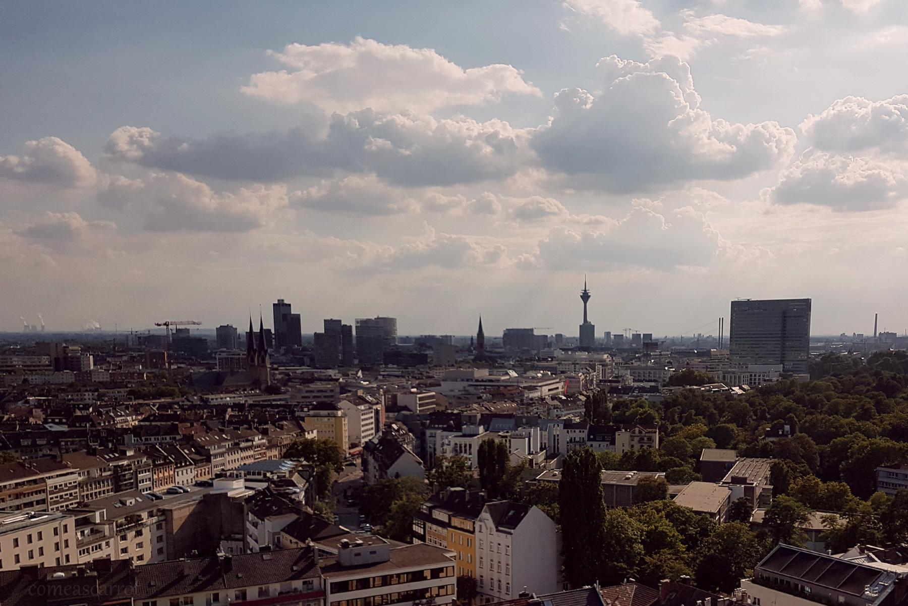 duesseldorf skyline aussicht skybar comeascarrot