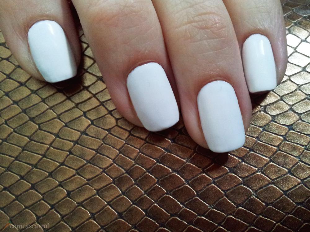essie blanc comeascarrot