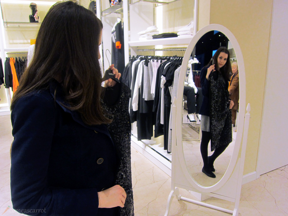 sarar, outfit, mirror, selfie, pailettenkleid, new years eve, dress