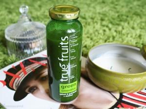 true fruits, green, smoothie, healthy, yummie, vegan, fit, grüner smoothie, spinat, ingwer, primark kerze