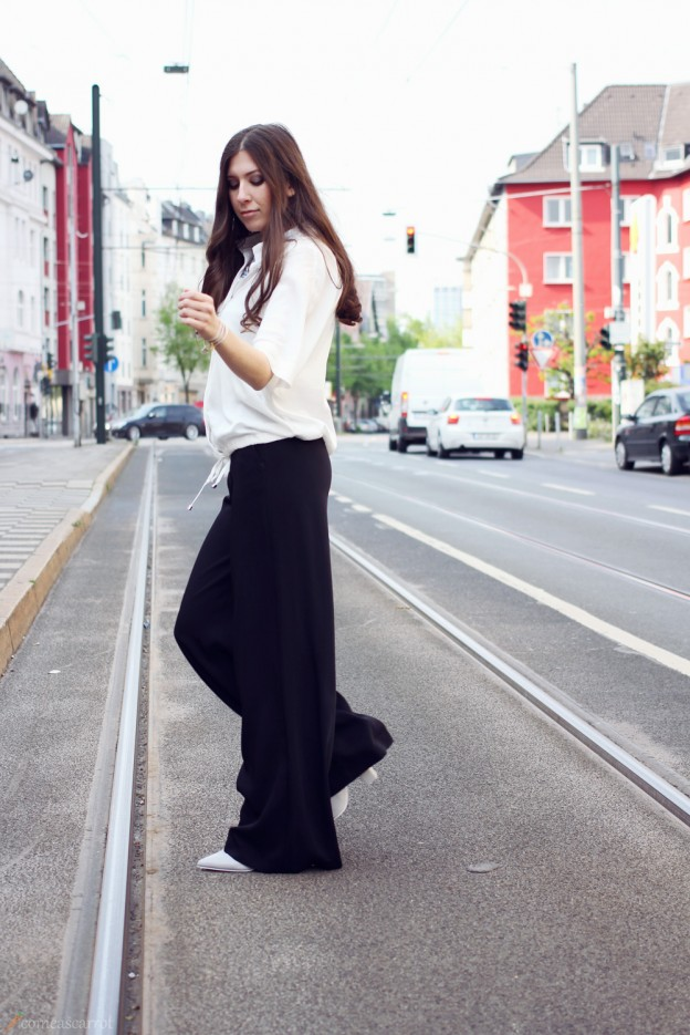 outfit, reserved, concept, palazzo, wide legs, flared, pants, celine, sunglasses, wie trägt man, kombinieren