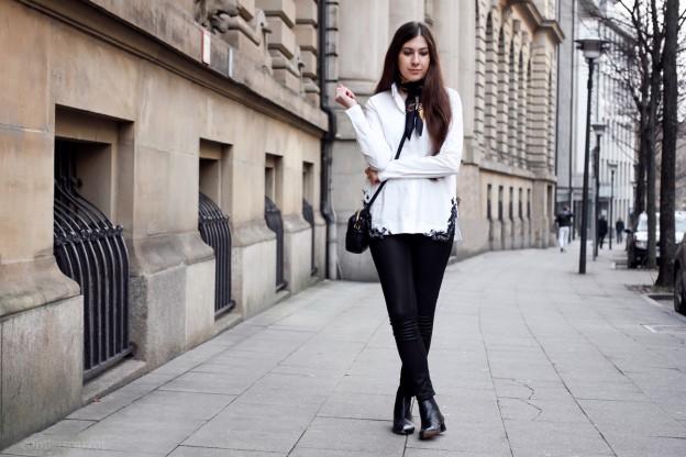 outfit, dorothee schumacher, blouse, fashion week, berlin, paris, pfw, joop, tasche, tuch, carree, boots, street style, fashionblog, modeblog, bloggerin, blog, essen, deutschland, düsseldorf, outfit, fashion, streetstyle